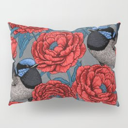 Peonies and wrens Pillow Sham