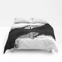 Man of isolation Comforters