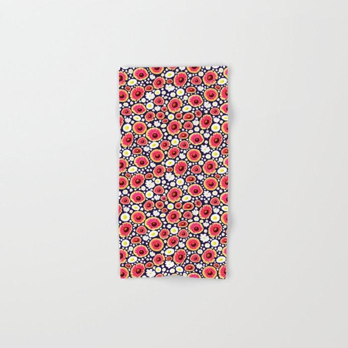 Field of Daisies Hand & Bath Towel