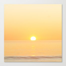 Peachy sunrise seascape Canvas Print