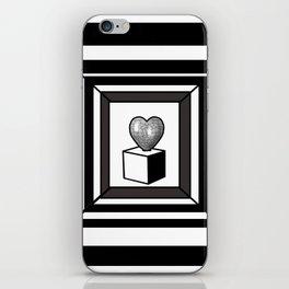 heart maze . iPhone Skin