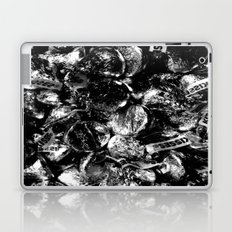 Sweet Dreams are made of this, just give me a kiss Laptop & iPad Skin