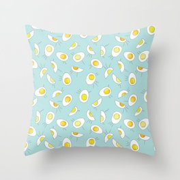 EggStatic- robin Throw Pillow