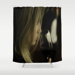 Degustação de vinho - vinícola Concha y Toro Shower Curtain