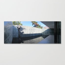 Georg Kolbe's sculpture at the Barcelona's German Pavilion by Mies van der Rohe Canvas Print