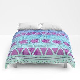 Berry Breeze Geometric Pattern Comforters