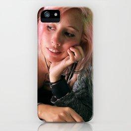 Astrid Breiter - Ilustradora iPhone Case