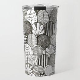 black and white scaley pattern Travel Mug