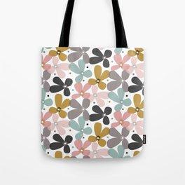 Lilla Tote Bag