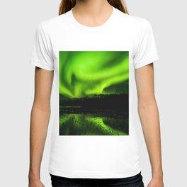 aurora borealis northern lights sky T-shirt