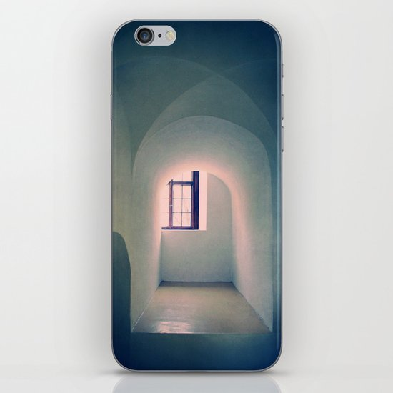 Closed iPhone & iPod Skin
