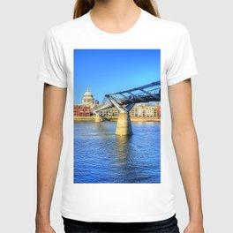 St Pauls Cathedral, London T-shirt