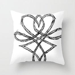 Hjerteflet Throw Pillow
