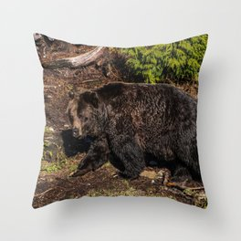 fluffy wanderer Throw Pillow