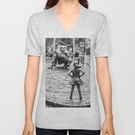 Fearless Girl & Charging Bull in the rain Unisex V-Neck