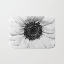 Black and White decolorization sunflower Badematte