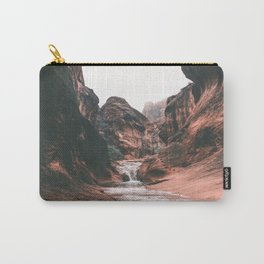 Utah III Carry-All Pouch