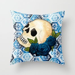 Watercolor Skull and Roses Tile Background Throw Pillow