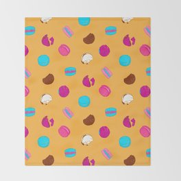 French macarons Throw Blanket