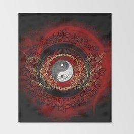 The sign ying and yang Throw Blanket