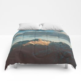 Catching the Sun Comforters
