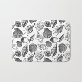 Sea and Ocean Life-Shell Pattern - Mix & Match with Simplicity of life Bath Mat