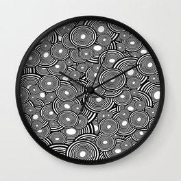 Circulating Wall Clock