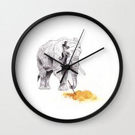 Dream Big, Elefante. Dream Big Wall Clock