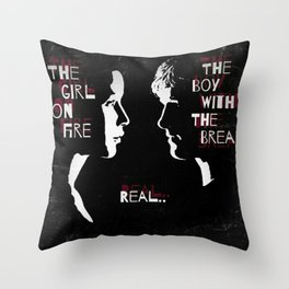 Real lovers Throw Pillow