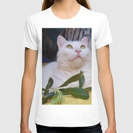 Tyche the white cat of peace T-shirt
