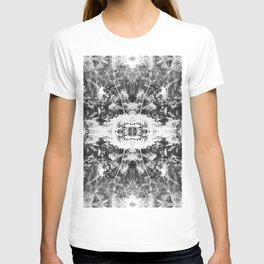 Black n White Boho Pattern T-shirt