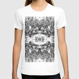 Black n White Boho Pattern T-shirt