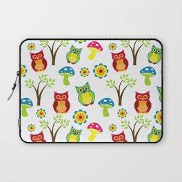 Cute Little Forest Owls Pattern Laptop Sleeve
