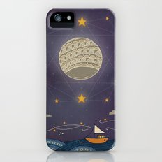 Sailing under the moon Slim Case iPhone (5, 5s)