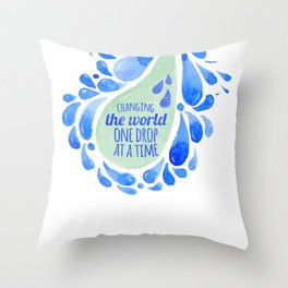 Changing the world essential oil shirt Throw Pillow