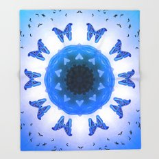 All things with wings (blue) Throw Blanket