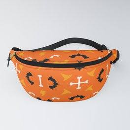 Happy halloween pattern with bats, bolts, witch hats and bones Fanny Pack