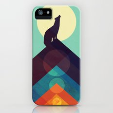 Howling Wild Wolf iPhone SE Slim Case