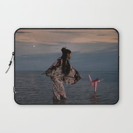 l'Univers secret de Yuki Laptop Sleeve
