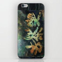 kissako iPhone Skin
