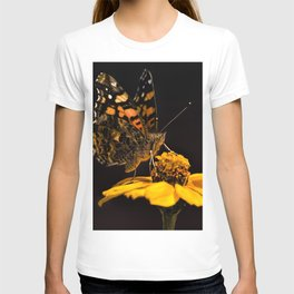 Zinnia Sipping T-shirt