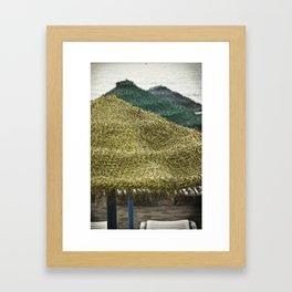 Sombrilla Framed Art Print