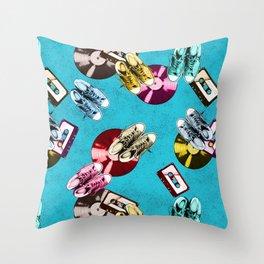 Retro music pattern Throw Pillow