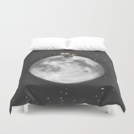 Lost in a Space / Moonelsh Duvet Cover