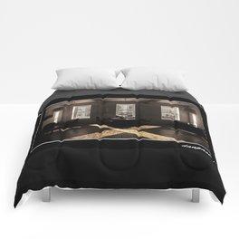 Easton Arts Comforters