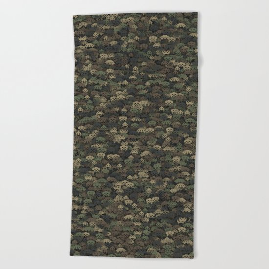 Invaders camouflage Beach Towel