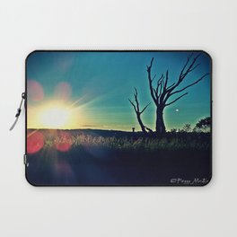 Dead Tree at Sunset 7a Laptop Sleeve
