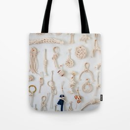 KNOTTED ROPE PATTERN Tote Bag