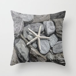 Starfish on Rocks monochrome beige Throw Pillow