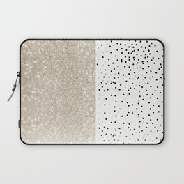 FIRST DATE NUDE  Laptop Sleeve